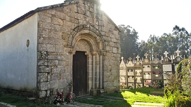 Iglesia Moldes en Melide, A Coruña